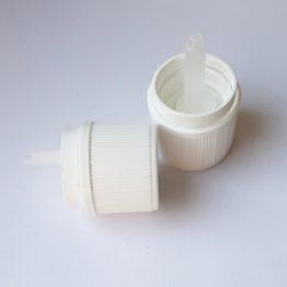 Műanyag kupak - cseppentőbetétes, gyerekzáras (18 mm)